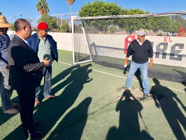 Alcalde rehabilitará campos deportivos3.jpg