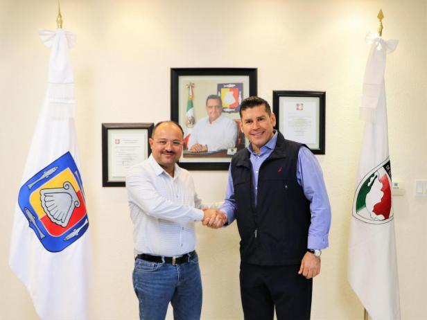 Alcalde Watler Con Secretario de gob.jpg