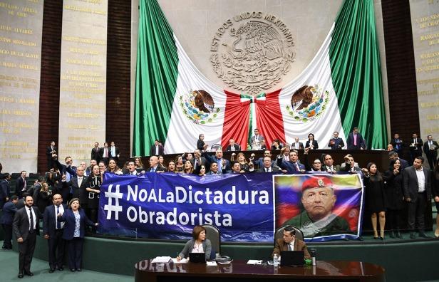 No a la dictadura.jpeg