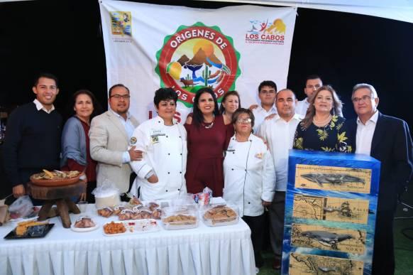 """CELEBRA ALCALDESA ARMIDA CASTRO PARTICIPACIÓN DE PRODUCTORES LOCALES EN """"SABOR A CABO"""".jpeg"""