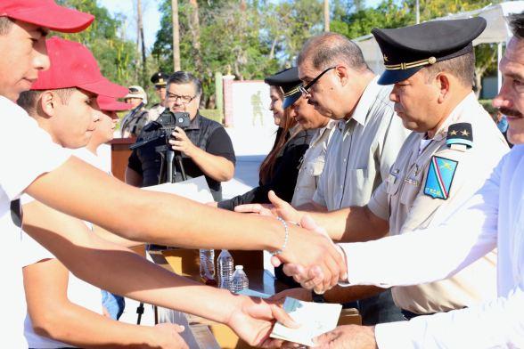 Ceremonia de entrega de cartillas liberadas al personal del servicio militar nacional, clase 1999 anticipados y remisos4