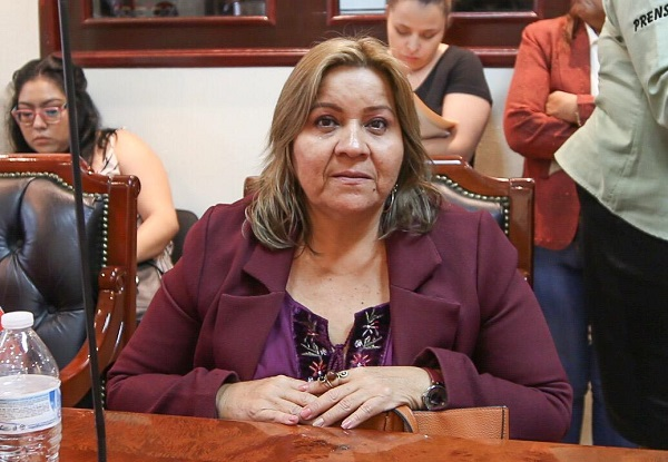 02 Servicios Públicos constituye una de las principales responsabilidades del Gobierno Municipal_ Regidora Irene Román    .jpeg