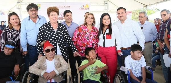 03 Atienden SMDIF Los Cabos a más de 200 personas en Audiencias Públicas en Cangrejos CSL
