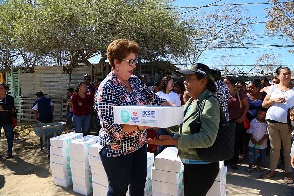 04 Entregan despensas alimentarias del Programa Federal Sujetos Vulnerables y Familias en Desamparo....JPG