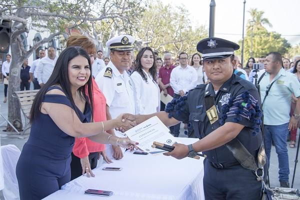 01 Policía de Los Cabos se Capacitan en Inteligencia Social.jpg