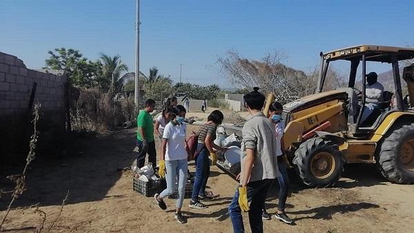 02 Campaña intensiva de Descacharrización en contra del Dengue, Zika y Chikungunya en la colonia Ejidal (La Ballena) SJC.