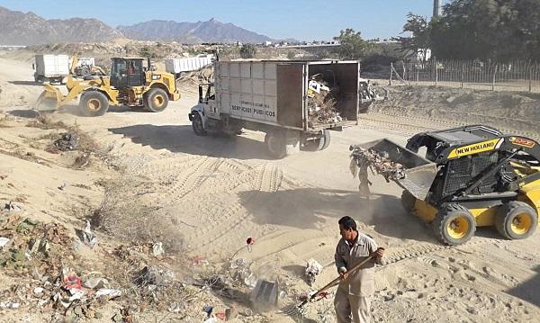 03 Evita acumular basura en esta temporada de lluvias para un entorno limpio y seguro- Servicios Públicos