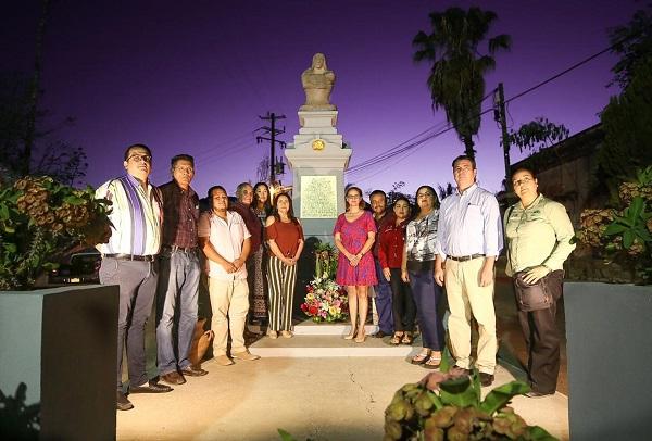 04 Celebran en la delegación de Miraflores el 90 aniversario de la fundación del Monumento a la Madre
