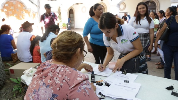 01 8 millones 906 pesos en Becas Municipales ha invertido la XIII Administración