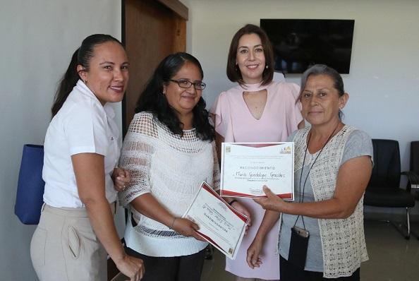 03 Con capacitaciones para productores locales Gobierno Municipal trabaja para incrementar la economía de la entidad