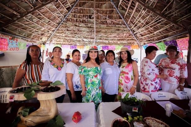 03 Con gran participación ciudadana se celebró la Fiesta de la Pitahaya en su 29º edición.jpg