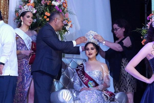 Con la Coronación de Jeniffer I, inicia la Expo Comondú 20195.jpg