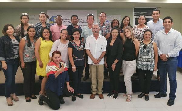 Reciben docentes de UABCS Los Cabos capacitación por UNICAP