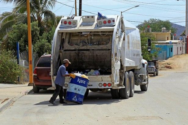 02 Con rutas más cortas se hace más eficiente la recolección de basura- Servicios Públicos