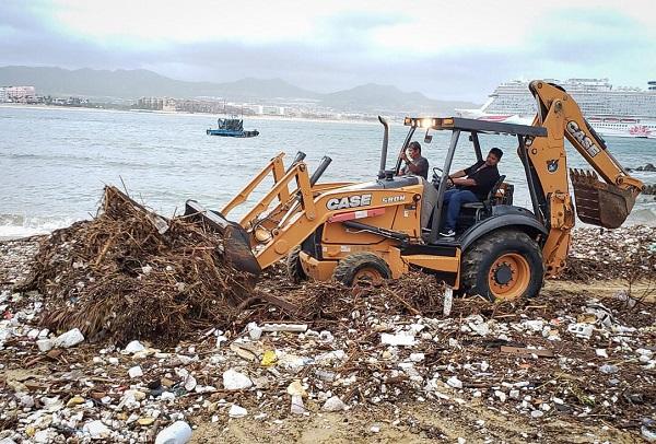 01 Recoletcó ZOFEMAT Los Cabos 454 toneladas de basura en las playas del Municipio (1)