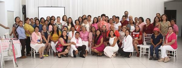 02 Reconoce Gobierno Municipal el valor y esfuerzo de mujeres sobrevivientes de Cáncer