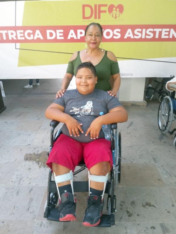 03 En el 1º Año de Gobierno, a través de DIF Los Cabos, se ha logrado beneficiar a personas con discapacidad..jpeg