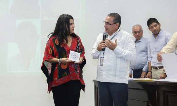 03 Trabajo coordinado con INEGI nos permitirá conocer cuántos ciudadanos estamos obligados a servir- Armida Castro .jpeg