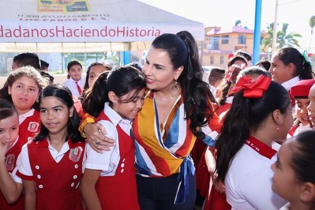 03 Viernes 01 de noviembre Primer Informe de Gobierno de Armida Castro Guzmán.jpeg