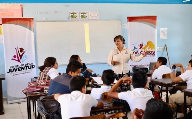 04 A 1º Año de Gobierno, se benefician 39 mil jóvenes con programas impulsados por IMJUVE..jpeg