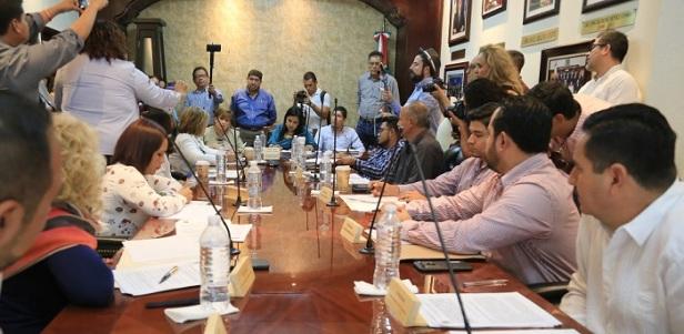 04 A un año de Gobierno en Los Cabos_ 26 sesiones del Honorable Cabildo se han trasmitido en tiempo real .JPG