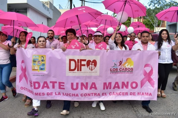 05  Se celebra la Marcha de Concientización de la Lucha contra el Cáncer de Mam.jpeg