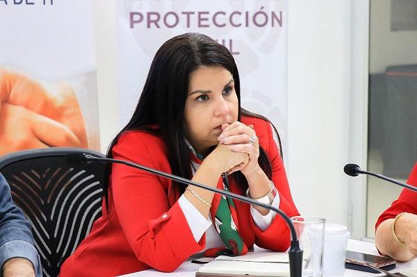 Lamenta alcaldesa Armida Castro fallecimiento de mujer trabajadora en Cabo San Lucas (1)