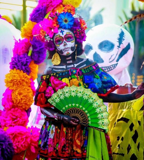 04 Tradición y color desfilan por las calles josefinas en Tercer Festival del Día de Muertos .jpeg