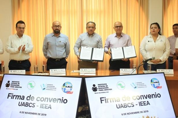 UABCS-IEEA convenio (3).JPG