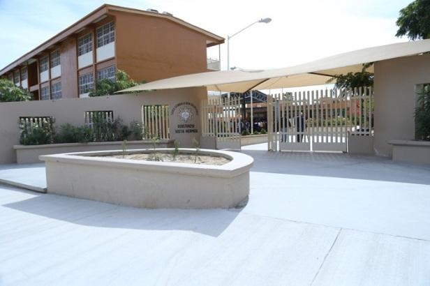 03 Gobierno de ACG cumple son su palabra y la rehabilita de la Secundaria Técnica #25 en San José del Cabo.jpg