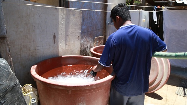 02 Reconocen ciudadanos el apoyo del Oomsapas Los Cabos, al suministrar agua de manera gratuita 4