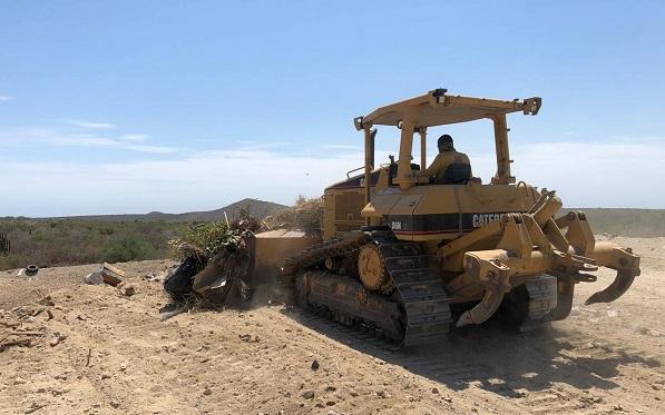 03 Continúan los trabajos de limpieza y mantenimiento en La Ribera 3