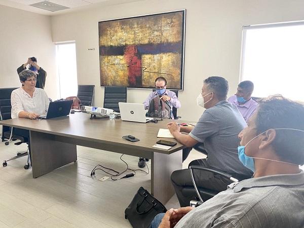 """04 Encabeza XI Regidora reunión informativa sobre PDU con representantes del """"Consejo Ciudadano para el Sexto Municipio en Cabo San Lucas"""" 3"""