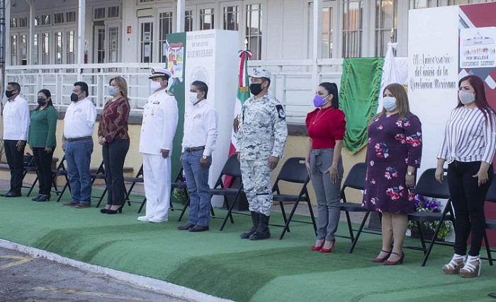 Alcalde de Mulegé acompañado de regidores, funcionarios y autoridades militares durante el CX Aniversario de la Revolución Mexicana