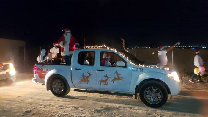 02 La Caravana Navideña del Gobierno de Los Cabos recorre las colonias para llevar juguetes y dulces a los peques del hogar 4