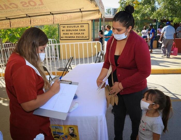 """03 En Los Cabos se garantiza la atención médica de calidad, a través de las """"Jornadas Sociales de Asistencia Ciudadana COVID-19"""" (4)"""