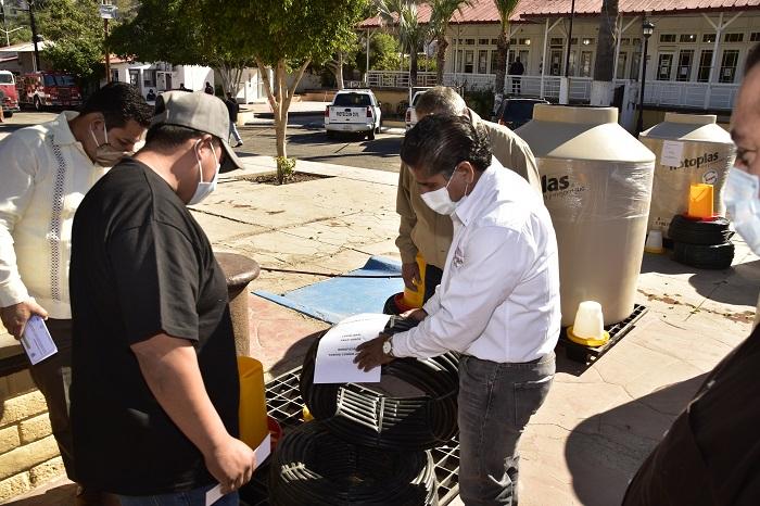 Segunda etapa de entrega de módulos tecnificados de riego por goteo para huertos de traspatio