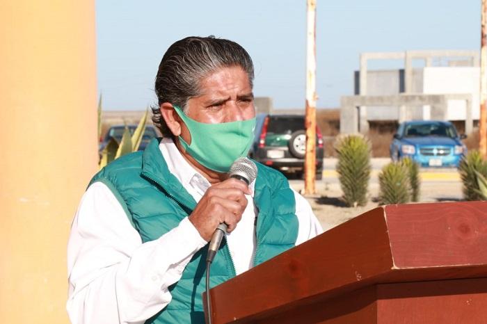 Alcalde José Felipe Prado Bautista durante su mensaje alusivo al aniversario de la Constitución de 1917